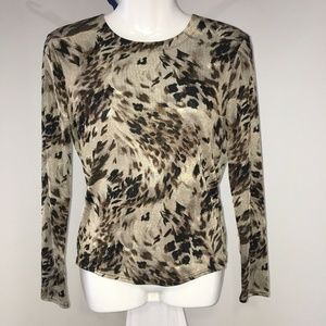 Carlisle Top Size Small Animal Print Stretch